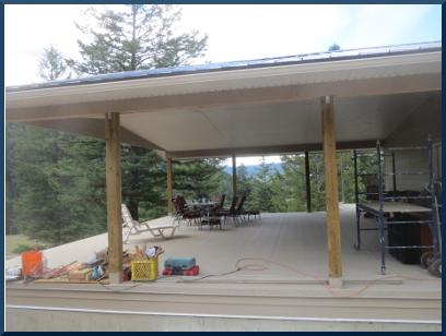 Randy & Lorie's large deck.