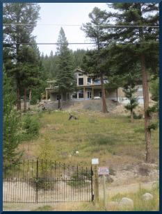 Randy & Lorie's Hillside Retreat